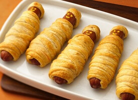FUN! Mummy Hot Dogs Idea