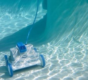 blog about pool cleaners, image of cleaner working underwater