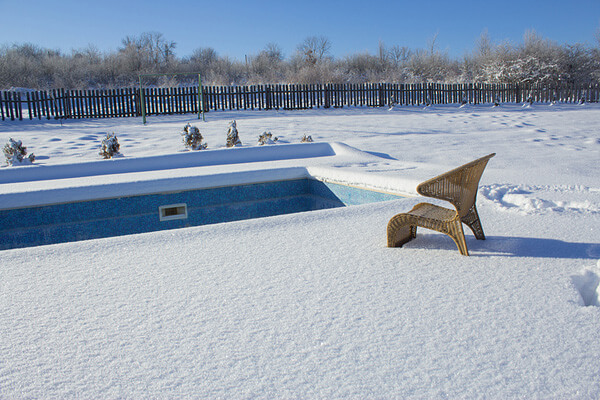 How to Blow Out Pool Lines for Winter | InTheSwim Pool Blog