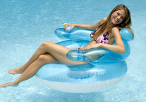 Floating bubble chair for the pool