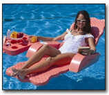 scalloped-floating-lounger