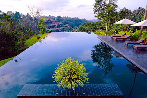21 of the world 39 s coolest infinity pools intheswim pool blog - The coolest swimming pool in the world ...