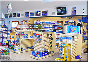 pool-store-2