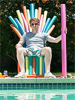 pool-noodle-throne