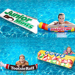 candy-pool-floats