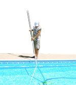 vacuum-the-pool-by-myself