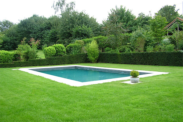 Image via jpmdesign.be. Pool Design Style: Garden