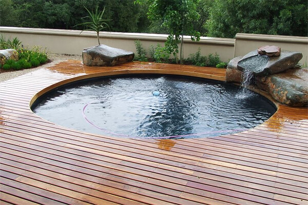 Image via paseoner.com Pool Design Style: Zen