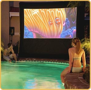 pool-movie-party