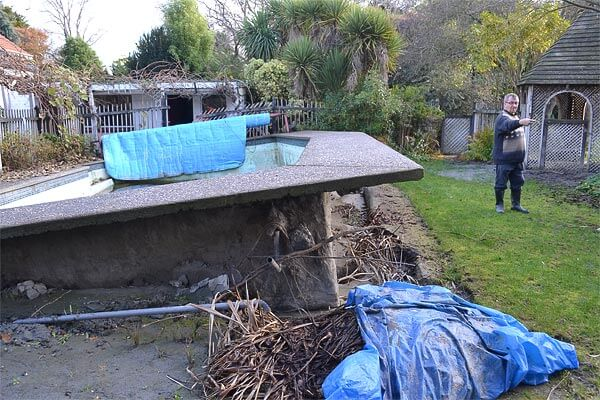earthquake-damage-to-pool-in-new-zealand
