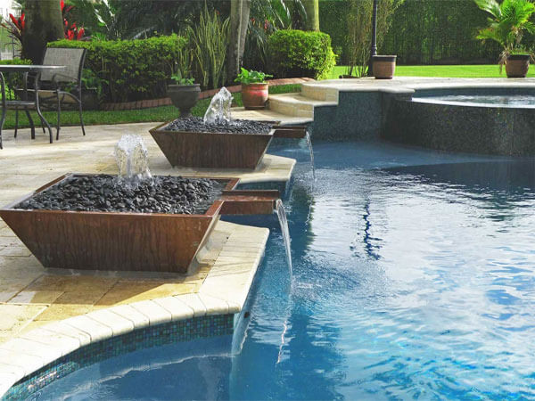 pool-water-features-small-4