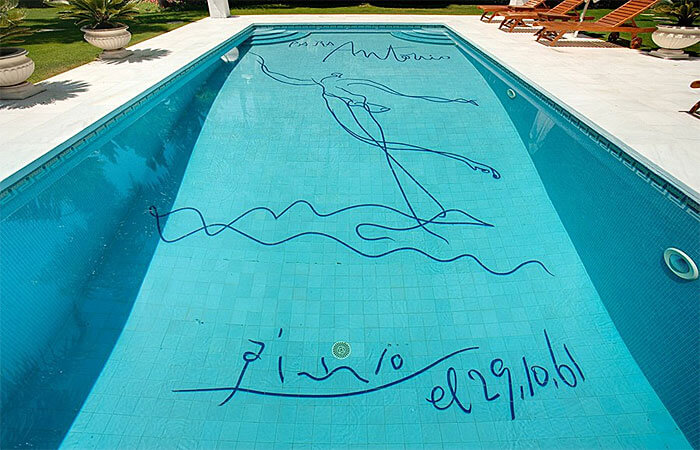 pablo-picasso-signed-swimming-pool