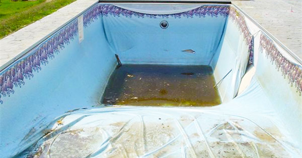 Pool liner problems repair or replace intheswim pool blog - How to fix a hole in a swimming pool ...