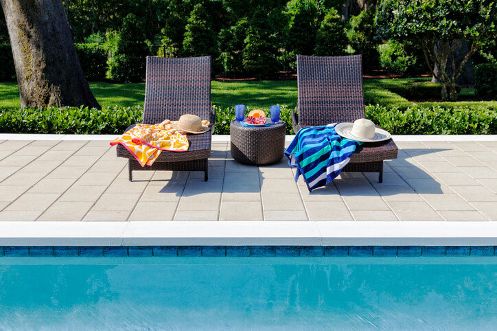 Choosing The Perfect Pool Chaise Intheswim Pool Blog