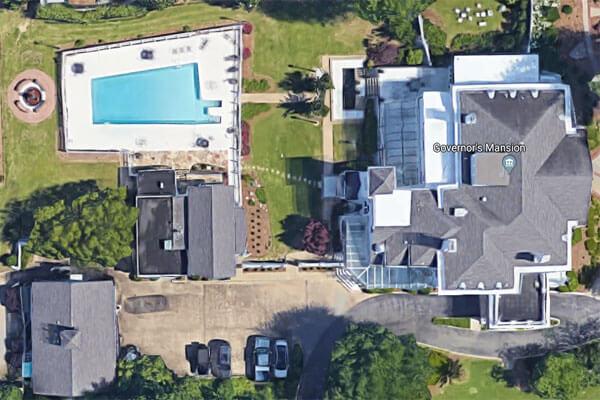 state-shaped-pool-alabama-govs-mansion